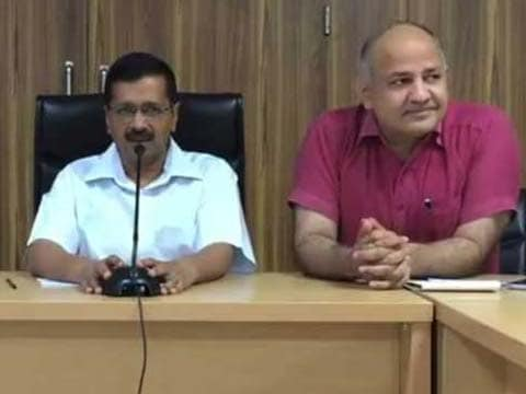 Arvind Kejriwal administers \'oath of purity\' to new AAP councillors in Delhi, says \'swear on God not betray this pure party\'