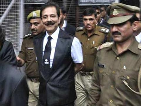Sahara\'s Subrata Roy warned by Supreme Court that he will go to jail if he doesn\'t pay Rs 2,550 crore by June 15