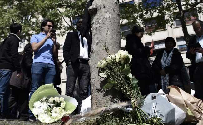 paris terror attack champs elysees