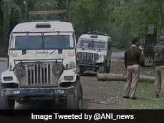जम्मू-कश्मीर : पीडीपी के नेता अब्दुल गनी डार को आतंकियों ने गोली मारी, पुलिसवाले भी नहीं बचा पाए