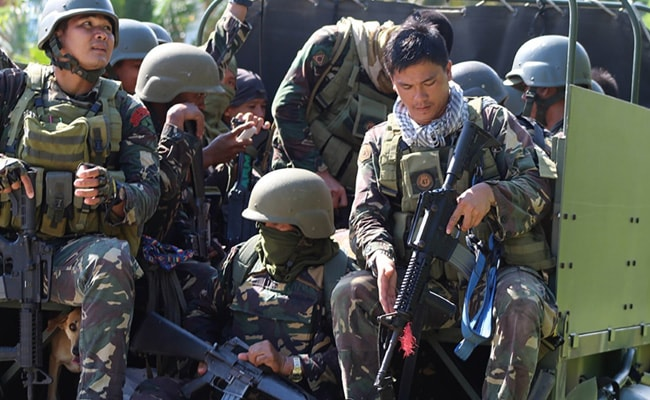 4 Gunmen Killed In Hunt For Philippine Terrorists