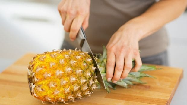 How to Cut a Pineapple: Easy Tips and Tricks
