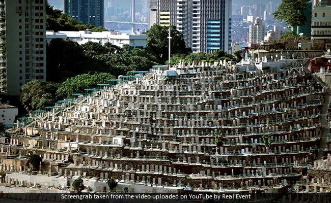 PHOTOS : यह है कब्रों से बना एक अद्भुत पहाड़, जहां एक साथ दफन की गई थीं कई लाशें