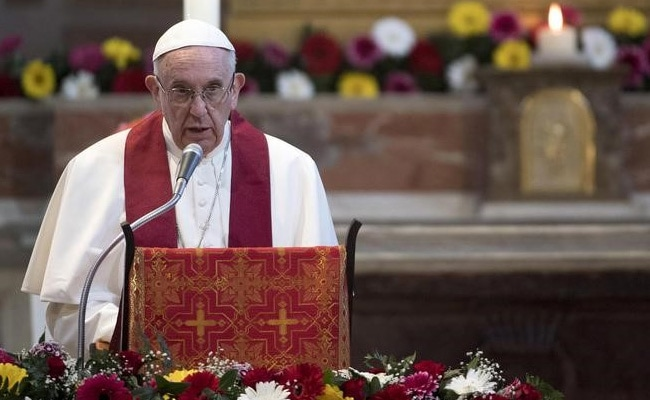 Pope Francis Likens Refugee Holding Centres To 'Concentration Camps'