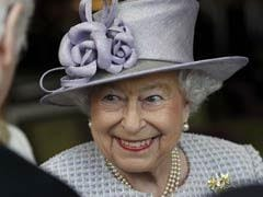 Queen Elizabeth II To 'Dress-Down' For UK Parliament Opening