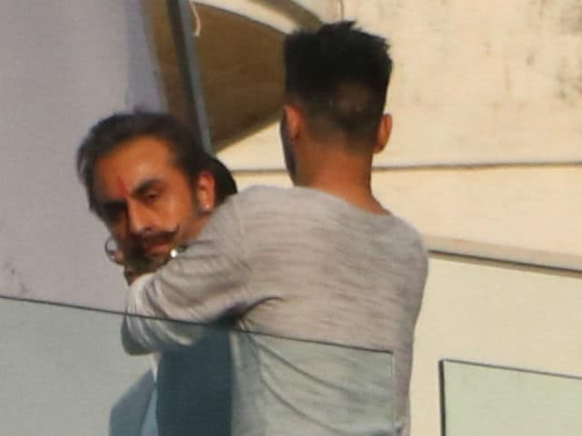 Ranbir Kapoor Or Sanjay Dutt? Can't Tell Them Apart In New Pics From Sets