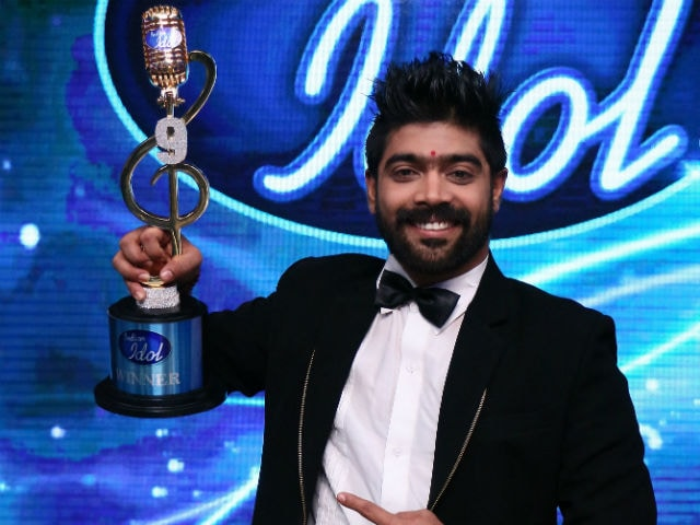Indian Idol 9 Winner Revanth Eyes Bollywood. Language Barrier, What's That?