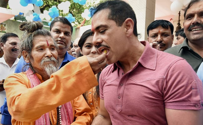 Robert Vadra At Temple As Report On Land Deals Reaches Supreme Court