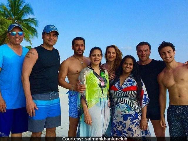 Salman Khan's Family Are Welcoming, Says Iulia Vantur