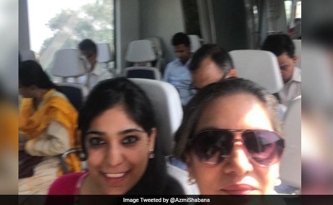 शबाना आज़मी बन गई हैं दिल्ली मेट्रो की फैन, जानिए क्यों