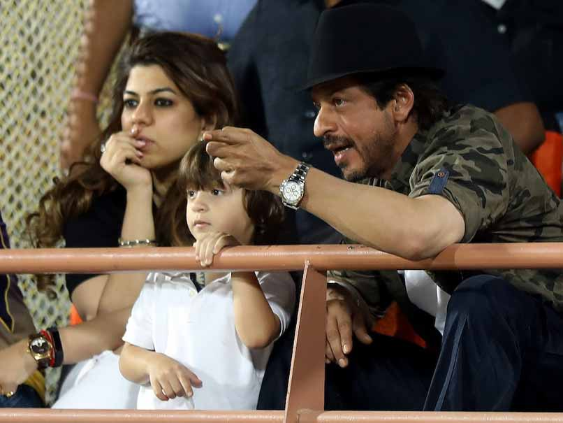 IPL 2017: Shah Rukh Khan And Son AbRam Cheer For KKR, Similar Tattoos Steal The Limelight