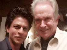 Shah Rukh Khan Poses With His 'Favourite' Hollywood Star Warren Beatty