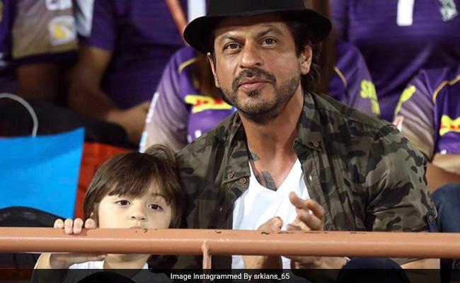IPL 2017 : क्या देखा आपने अबराम और पापा शाहरुख खान का यह टैटू वाला लुक, देखें फोटो