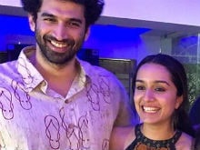 Farhan Akhtar Reportedly Upset Because Shraddha Kapoor Partied With Aditya Roy Kapur
