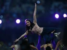 IPL 2017: Shraddha Kapoor And Eden Gardens Groove To <I>Humma Humma</I> Redux