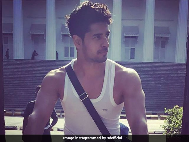 Aiyaary: Sidharth Malhotra Says He Is 'Thrilled' To Work With Neeraj Pandey