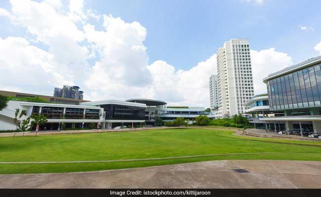 singapore university