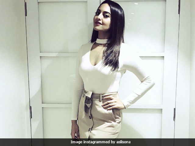 Sonakshi Sinha Says She Doesn't Believe In Pleasing Everyone