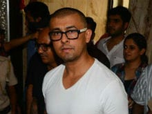 Sonu Nigam On His <I>Azaan</i> Tweets: No Need To Fuel This Anymore, Move On