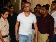 Sonu Nigam Shaves Head But Cleric Says He Won't Pay Promised 10 Lakhs