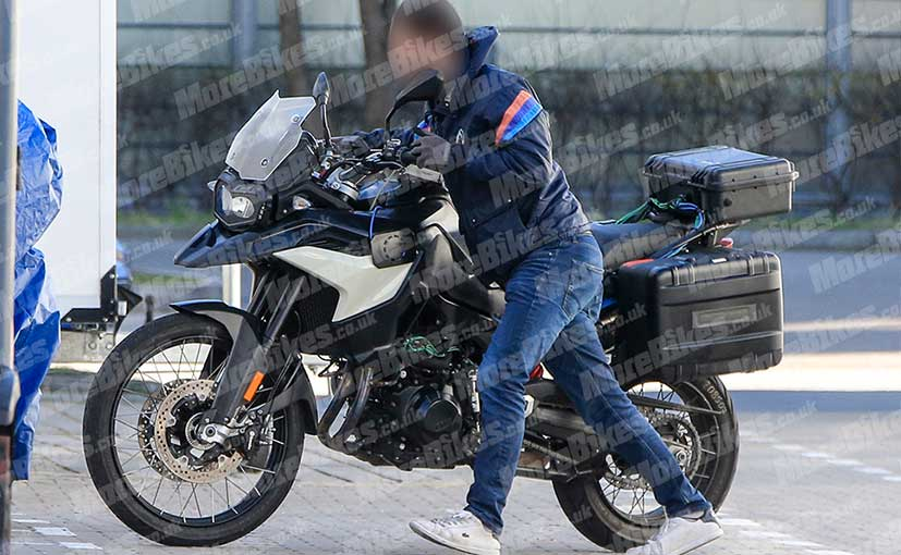 2018 Bmw F 900 Gs Production Model Spotted Ndtv Carandbike