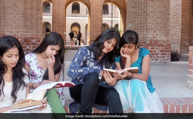 CBSE Likely To Delay Class 12 Result; Delhi HC Asks CBSE To Continue With Marks Moderation Policy