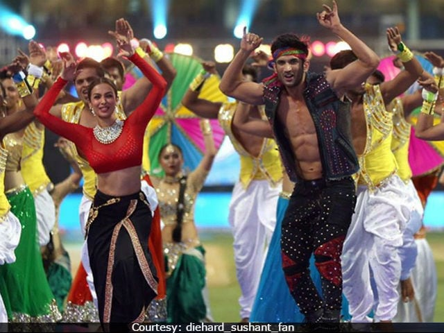 IPL 10: Sushant Singh Rajput, Malaika Arora Rock Mumbai With Their Performance. Twitter Verdict - 'Outstanding'