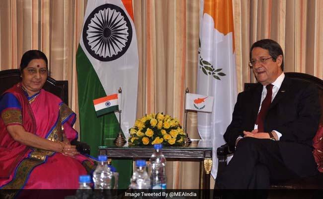 Sushma Swaraj Calls On Cyprus President