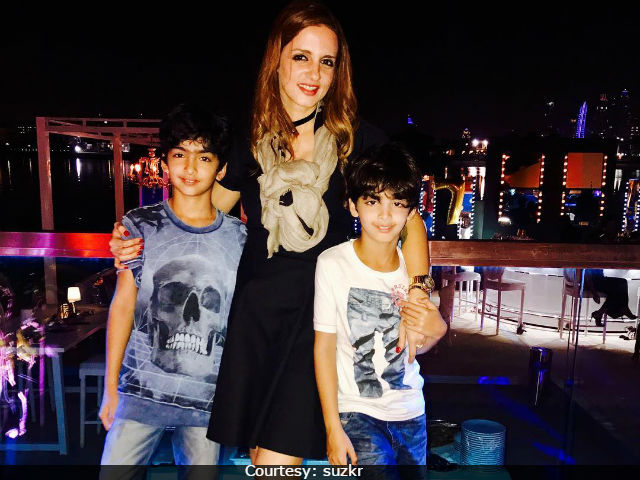 Sussanne Khan's Latest Holiday Pic With Sons Hrehaan and Hridhaan Is Too Cute