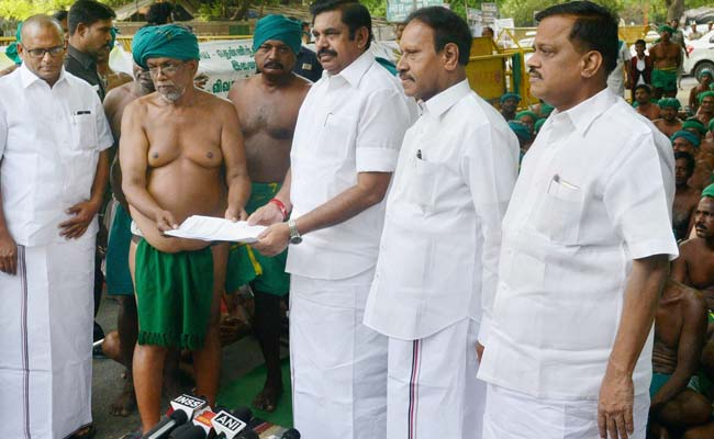 Farmers put off stir till May 25 after TN CM plea