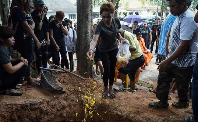 Thai Family Buries Baby Murdered On Facebook Live