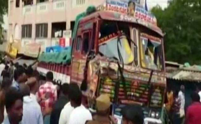 Andhra Pradesh: 10 killed as truck rams into shops in Chittoor district