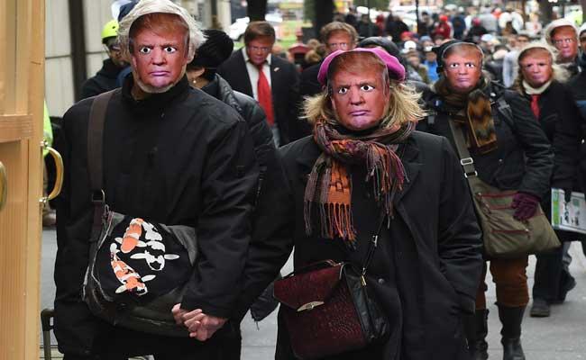 Montreal Simon: Donald Trump's Turbulent Day on the ... |The Fool Trump