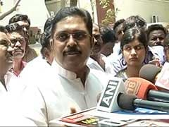 Police Team's Midnight Visit To TTV Dinakaran For Delhi Bribery Charges