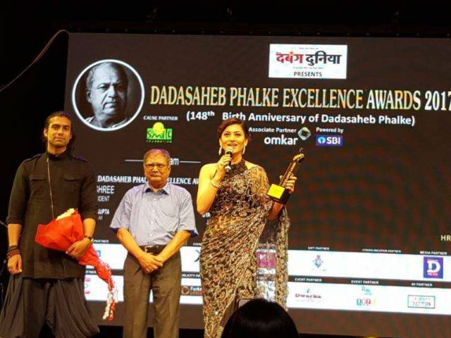 Urvashi Rautela And Singer Jubin Nautiyal Win Dadasaheb Phalke Excellence Award