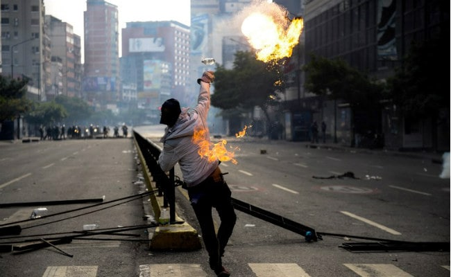 Venezuelan Protesters Clash With Police In New Demo