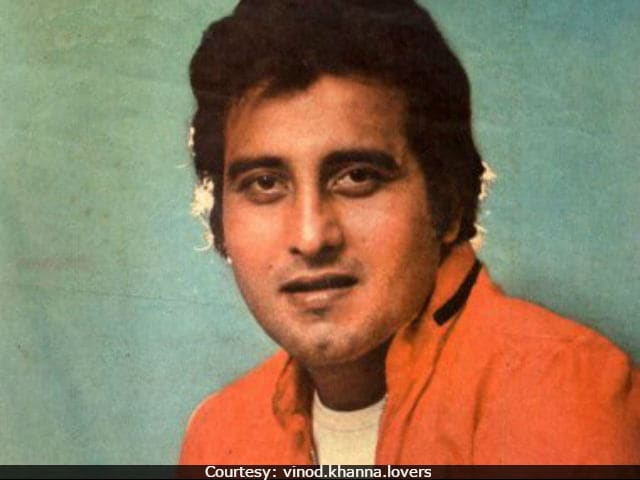 Vinod Khanna Had 'Swag And Charisma, Couldn't Take Eyes Off Him' Say His Colleagues