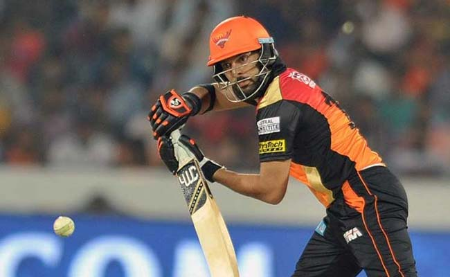 IPL 10: युवराज सिंह की धमाकेदार बल्लेबाजी से डर रहे हैं मगर खुश भी हैं विराट कोहली..