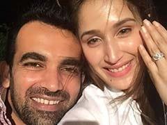 क्रिकेटर जहीर खान ने 'चक दे इंडिया' गर्ल सागरिका घाटगे के साथ की सगाई