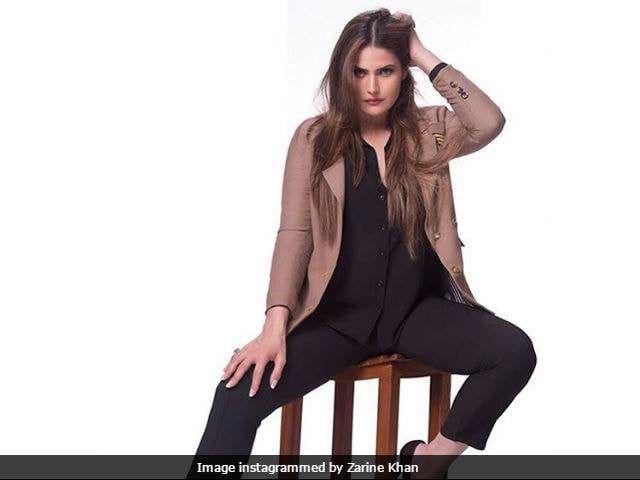 Zarine Khan Has Been Up All Nights Lately. Here's What She's Been Doing