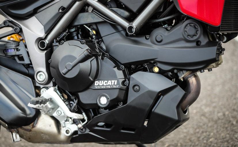 937 cc testastretta l twin engine
