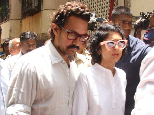 Reema Lagoo Was A Great Actor, Says Emotional Aamir Khan