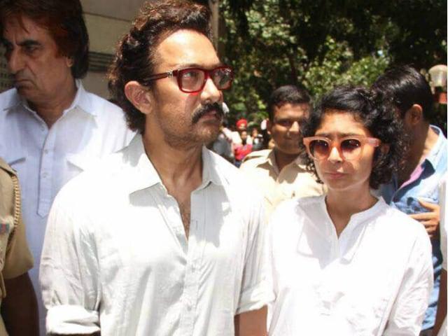 Reema Lagoo's Funeral Attended By Aamir Khan, Kajol, Rishi Kapoor