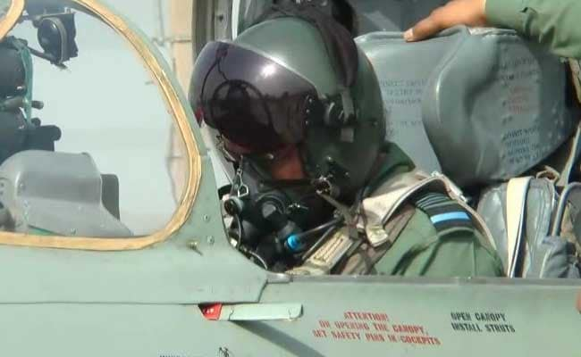 Flying MiG-21, Air Chief Leads 'Missing Man' Formation For Kargil Soldiers