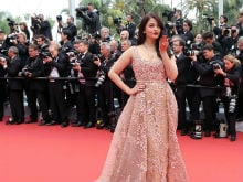 Aishwarya Rai Bachchan To Present <i>Devdas</i> At Cannes Again