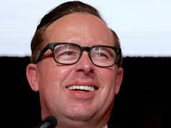 Qantas Boss Says He Won't Be Silenced Despite Pie Protest