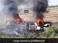 11,000 Volt Wire Falls On Bus Leaving 4 Dead, 15 Critically Injured