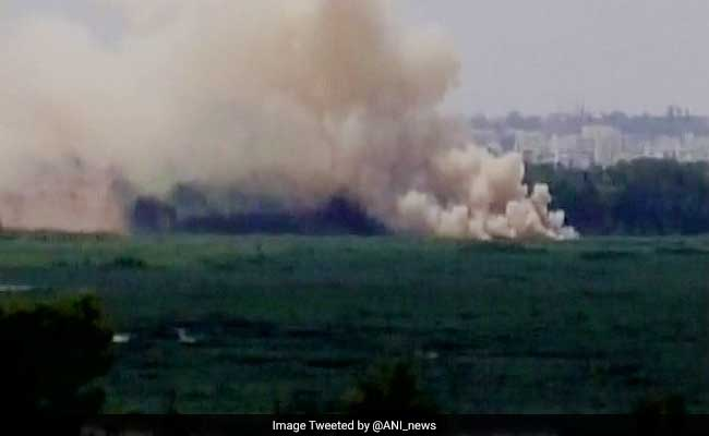 Bengaluru's Bellandur Lake Catches Fire Again, Thick Smoke Engulfs Area