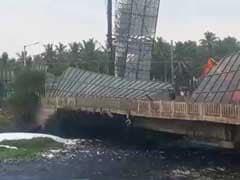 बेंगलुरु: तेज़ आंधी और बारिश से शहर के कई इलाके अंधेरे में डूबे