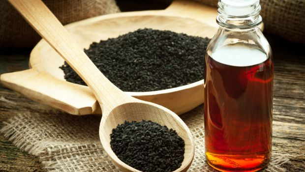 8 Incredible Black Seed Benefits: From Heart Health to Fighting Cancer